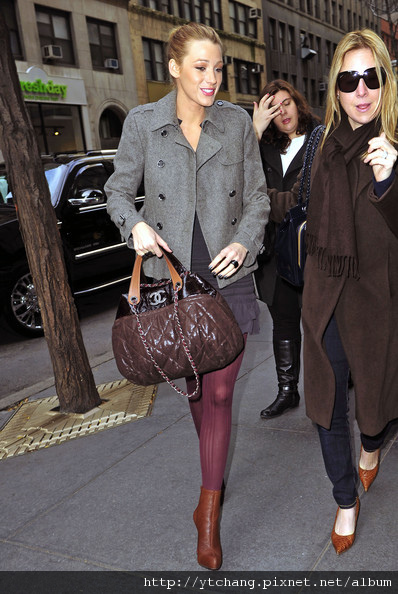 Blake+Lively+Handbags+wSSdfKJSlPCl.jpg