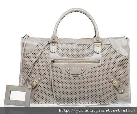 balenciaga-2011-spring-handbags-40.jpg