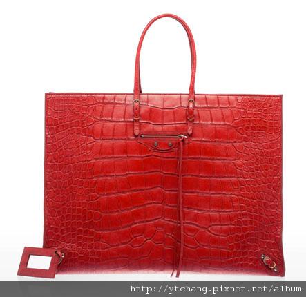 balenciaga-2011-spring-handbags-13.jpg