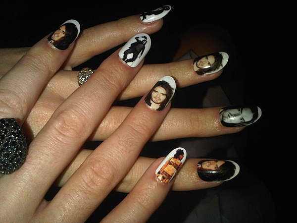 katy perry russell brand nails