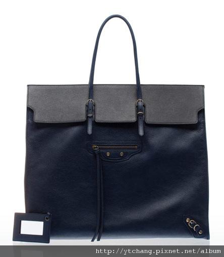 balenciaga-2011-spring-handbags-15.jpg