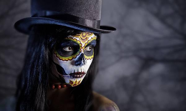 bigstock-Sugar-skull-girl-in-tophat-in-38874064.jpg