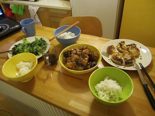 剛到第一天的晚餐
