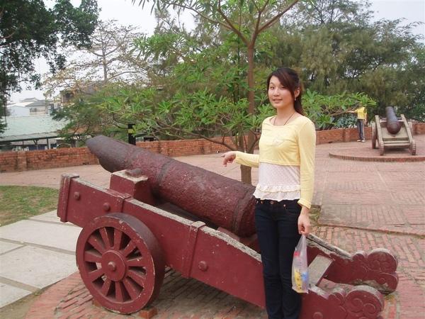 安平古堡裡的大炮