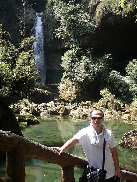 這是松瀧岩瀑布~~