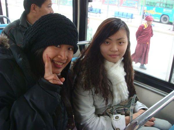公交車上的美人~四川女生真的很漂亮><
