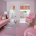 pink_living_room_justin1-740x...