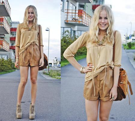 1349380-6_khaki-shorts.jpg