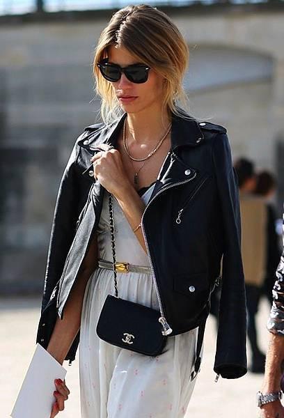 Chanel-cross-body-bag-street-style
