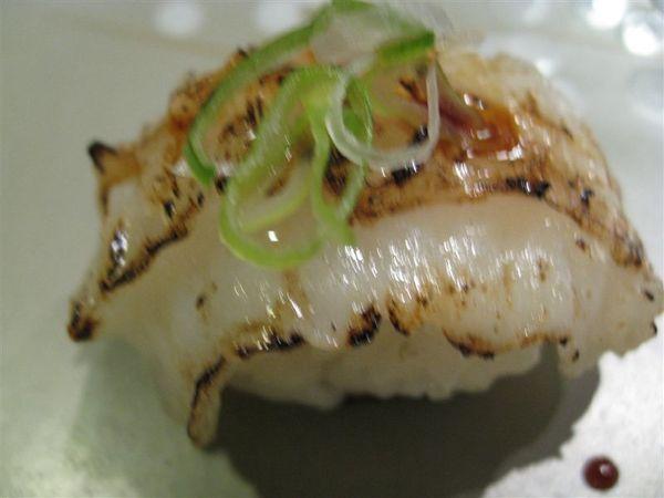 創作壽司之炙燒比目魚