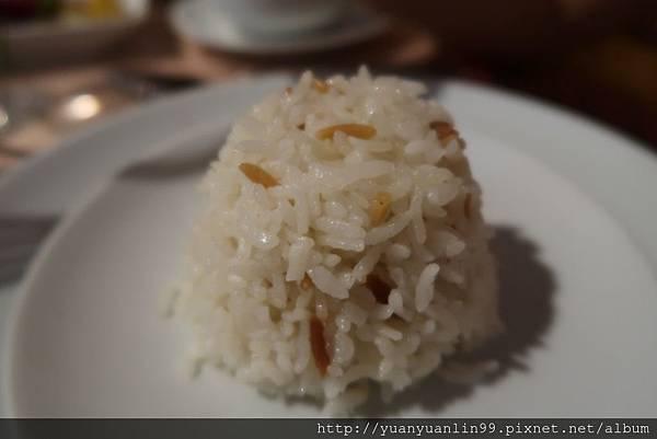 3第一天午餐陶甕風味餐 (7).JPG