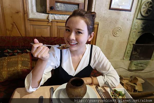 3第一天午餐陶甕風味餐 (11).JPG