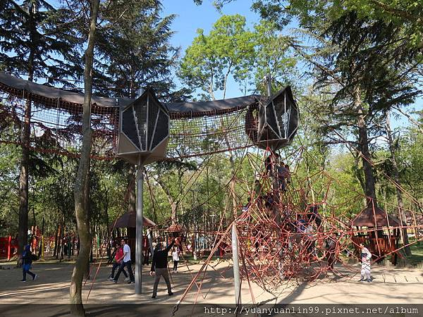 43埃米爾岡公園 (11).JPG