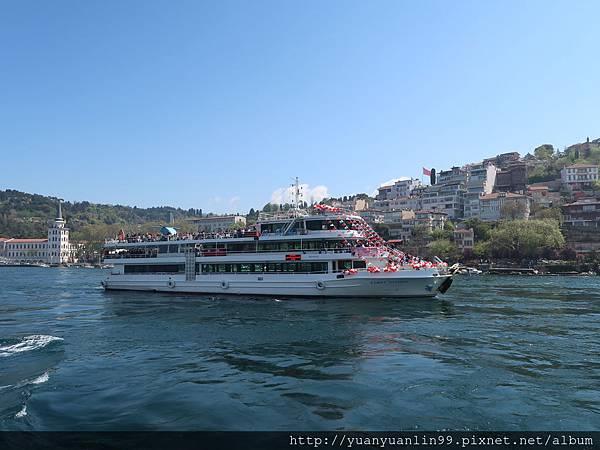 44博斯普魯斯海峽遊船 (39).JPG