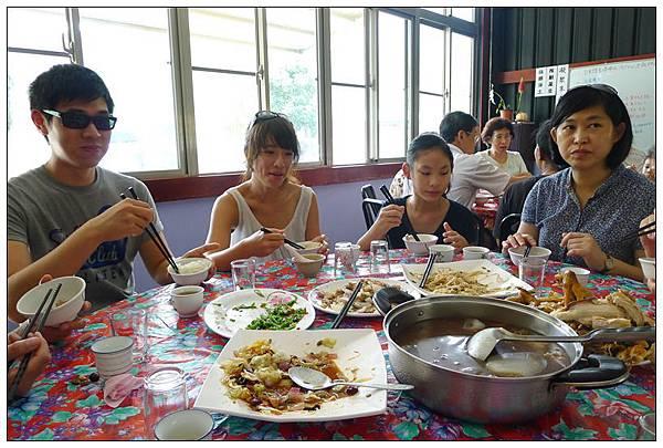P1380257_副本  午餐