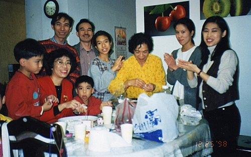 RJ4IN7lspBa6n1S53ltZAg我家的耶誕晚會