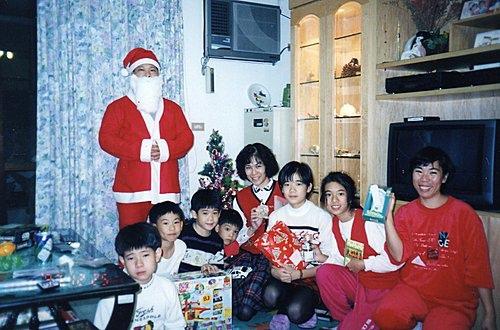 w_Dhy1JipaxKYUOGtW9cOg我家的耶誕晚會