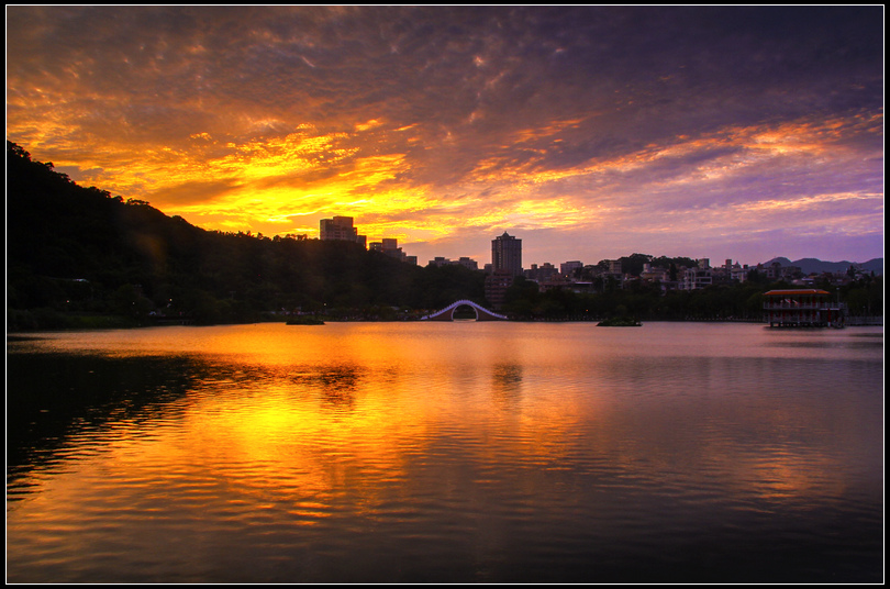 IMG_2064  秋天大湖S