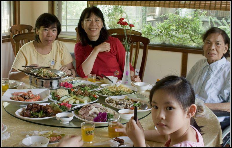 _MG_9276   餐桌上Q