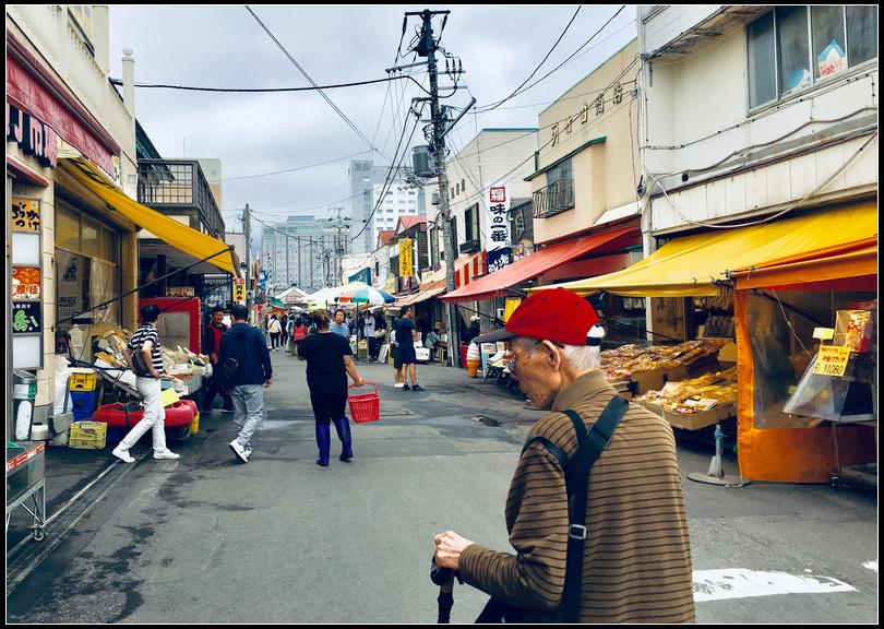 IMG_E4689   朝市