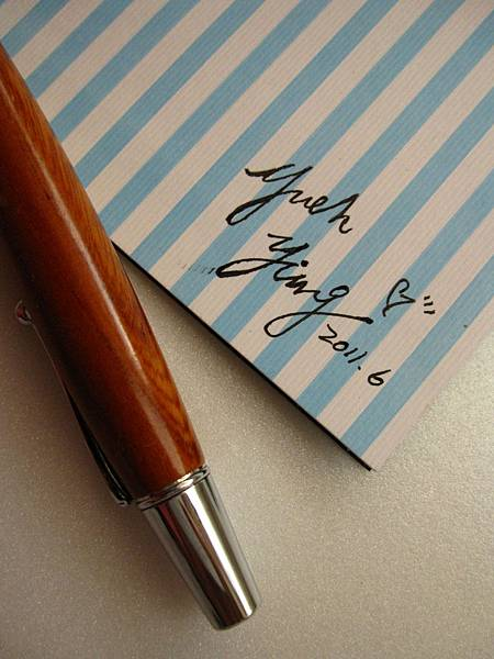 Betsy卡片10.JPG