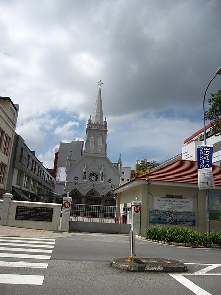 飯店對面的教堂.JPG