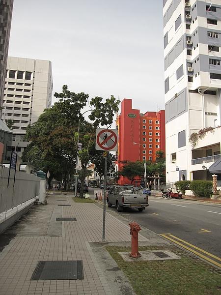 禁止跨越馬路.JPG