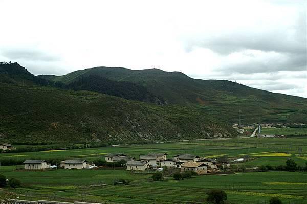 草原與村落