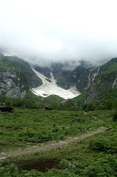 神瀑附近冰川3