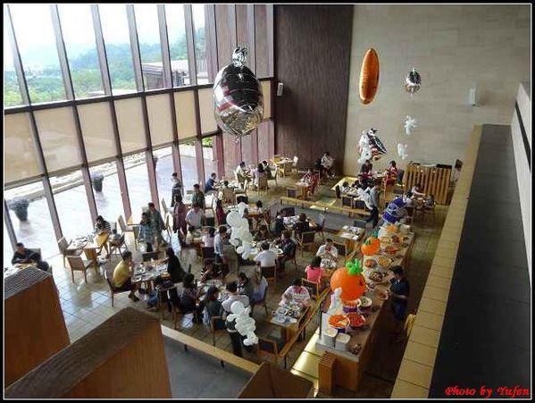 宜蘭-礁溪老爺雲天餐廳早餐01.jpg