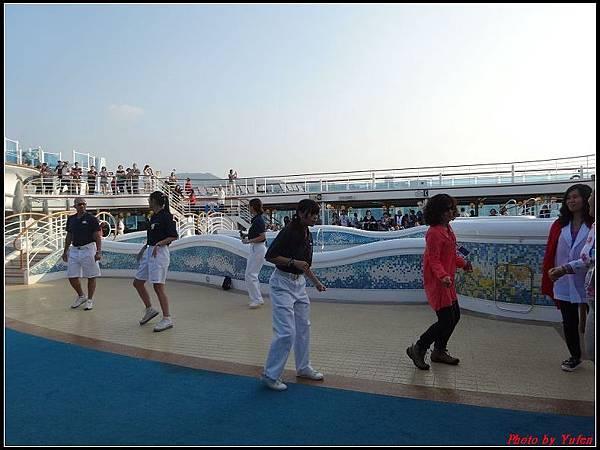 藍寶石公主郵輪day1-8-揚帆派對0005.jpg
