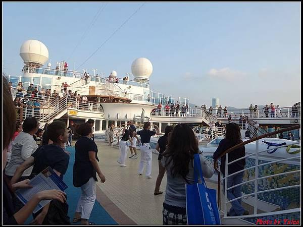 藍寶石公主郵輪day1-8-揚帆派對0010.jpg