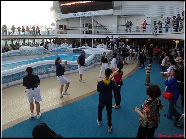 藍寶石公主郵輪day1-8-揚帆派對0017.jpg