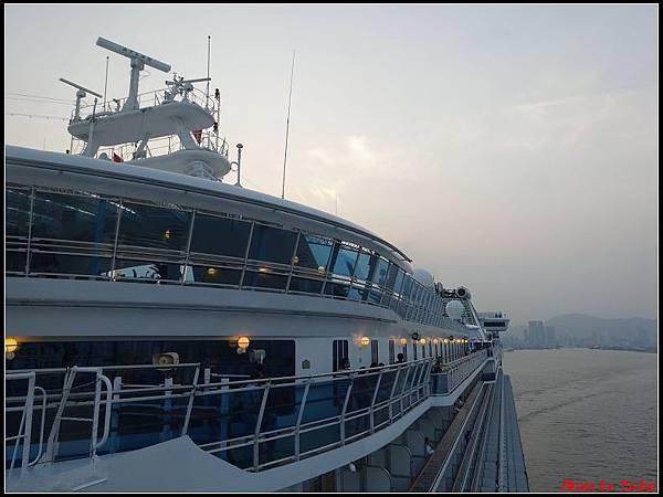 藍寶石公主郵輪day1-9啟航0102.jpg