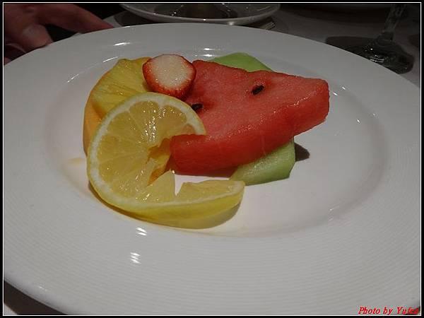 藍寶石公主郵輪day1-10-晚餐0050.jpg