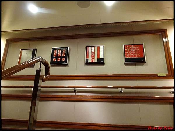 藍寶石公主郵輪day2樓層房間0008.jpg