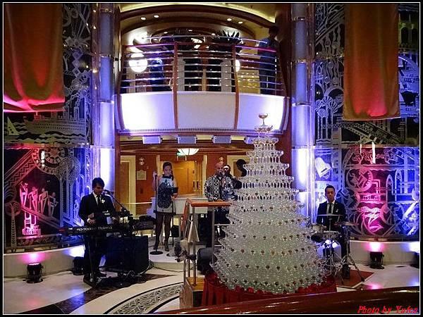 藍寶石公主郵輪day2雞尾酒晚會0016.jpg