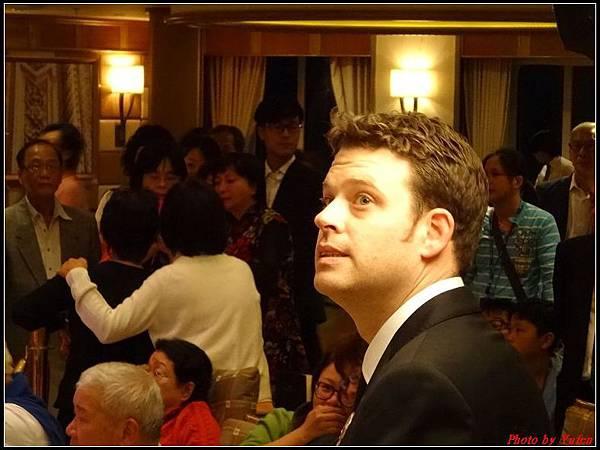 藍寶石公主郵輪day2雞尾酒晚會0017.jpg