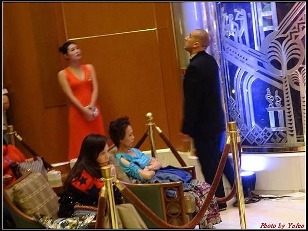 藍寶石公主郵輪day2雞尾酒晚會0018.jpg