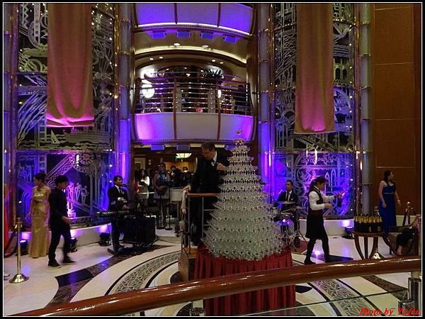 藍寶石公主郵輪day2雞尾酒晚會0036.jpg