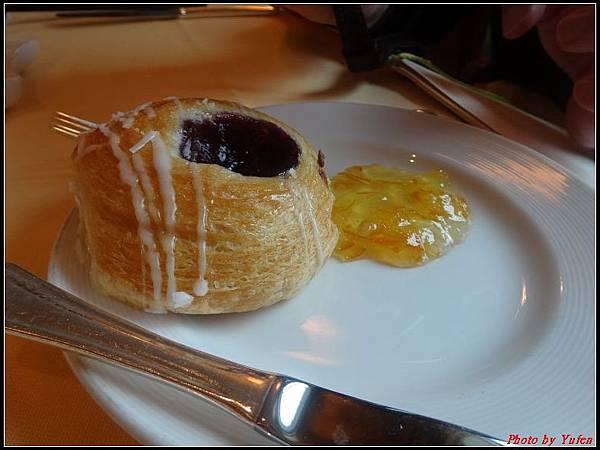 藍寶石公主郵輪day3-早餐0009.jpg