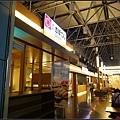玩美加族-加拿大day1-2機場0015.jpg