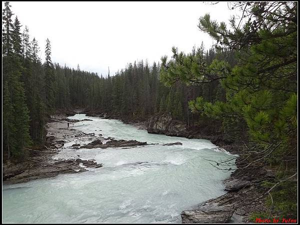玩美加族-加拿大day4-9天然石橋0003.jpg