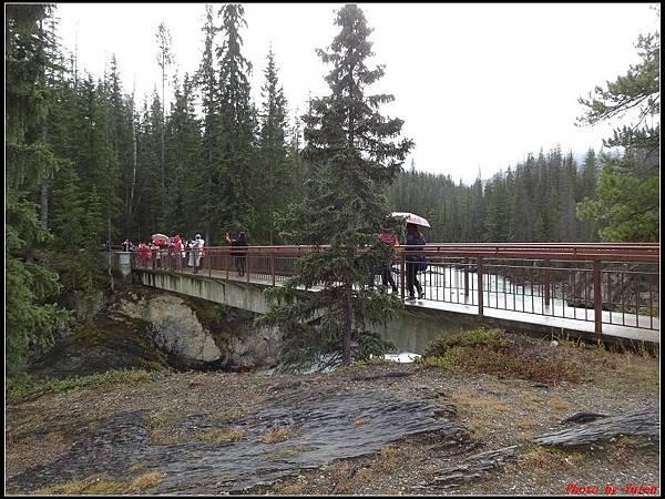 玩美加族-加拿大day4-9天然石橋0020.jpg