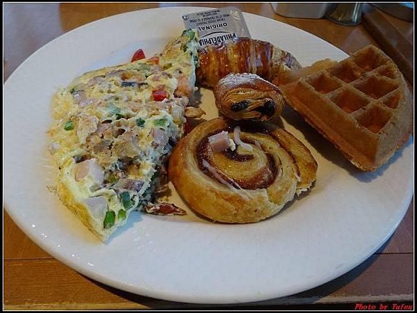 玩美加族-加拿大day8-1早餐0018(001).jpg