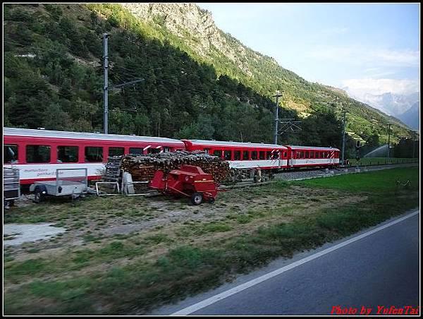 德瑞day6-3洛書堡穿山列車0012.jpg