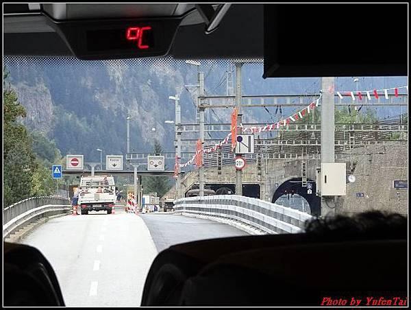 德瑞day6-3洛書堡穿山列車0037.jpg