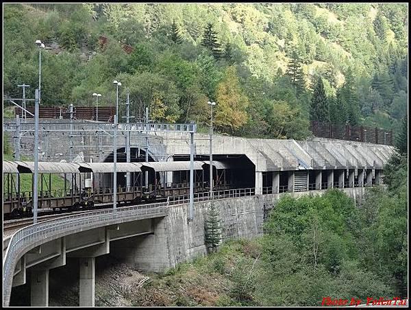 德瑞day6-3洛書堡穿山列車0056.jpg