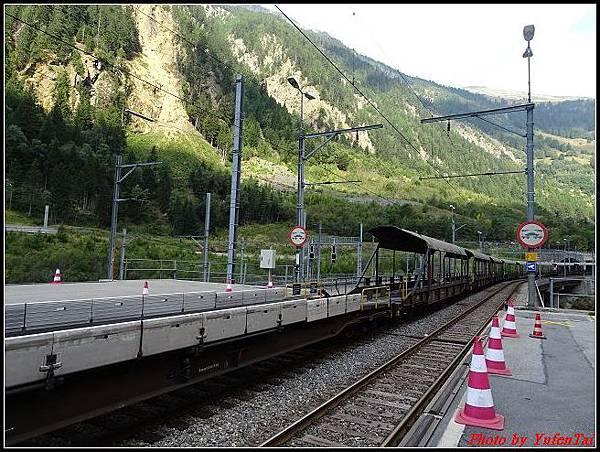 德瑞day6-3洛書堡穿山列車0059.jpg
