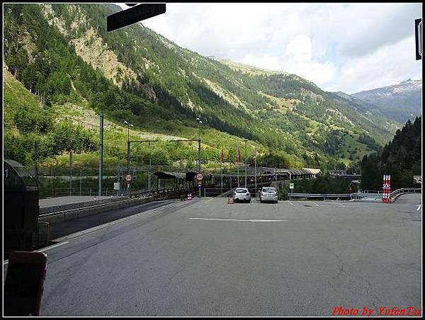 德瑞day6-3洛書堡穿山列車0071.jpg